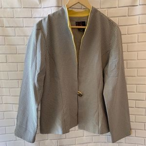 R & K Black and White Single Button Jacket Size 16